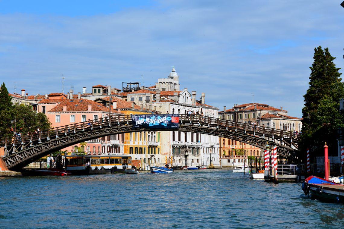Ponte dell Accademia Venedig