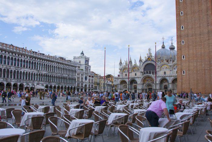 Markusplatsen Venedig