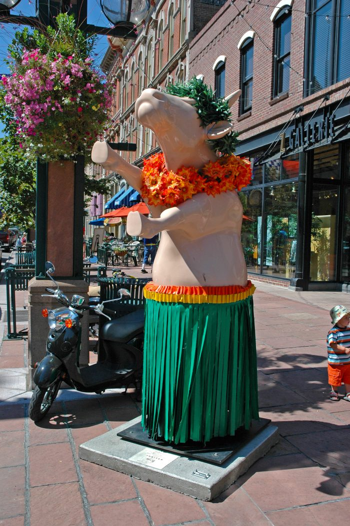 CowParade Denver Hula Cow