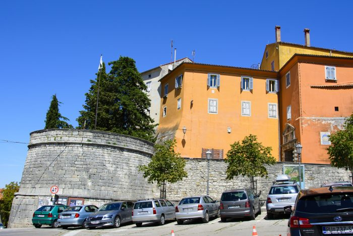 stadsmuren labin kroatien