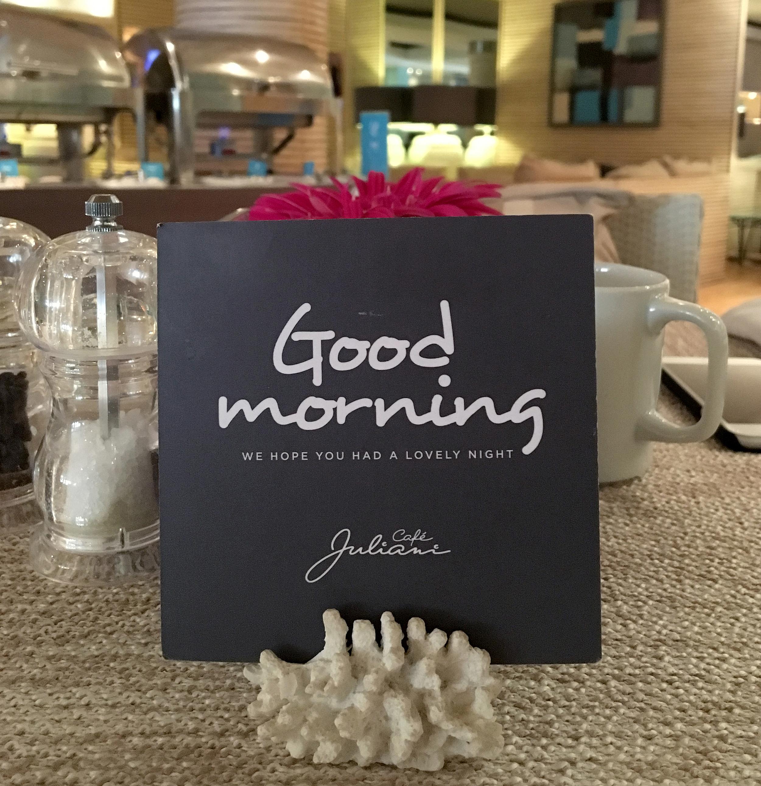 hotel juliani malta frukosthälsning