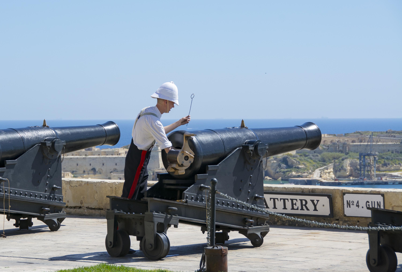 Saluting Battery Upper Barrakka Gardens Valletta