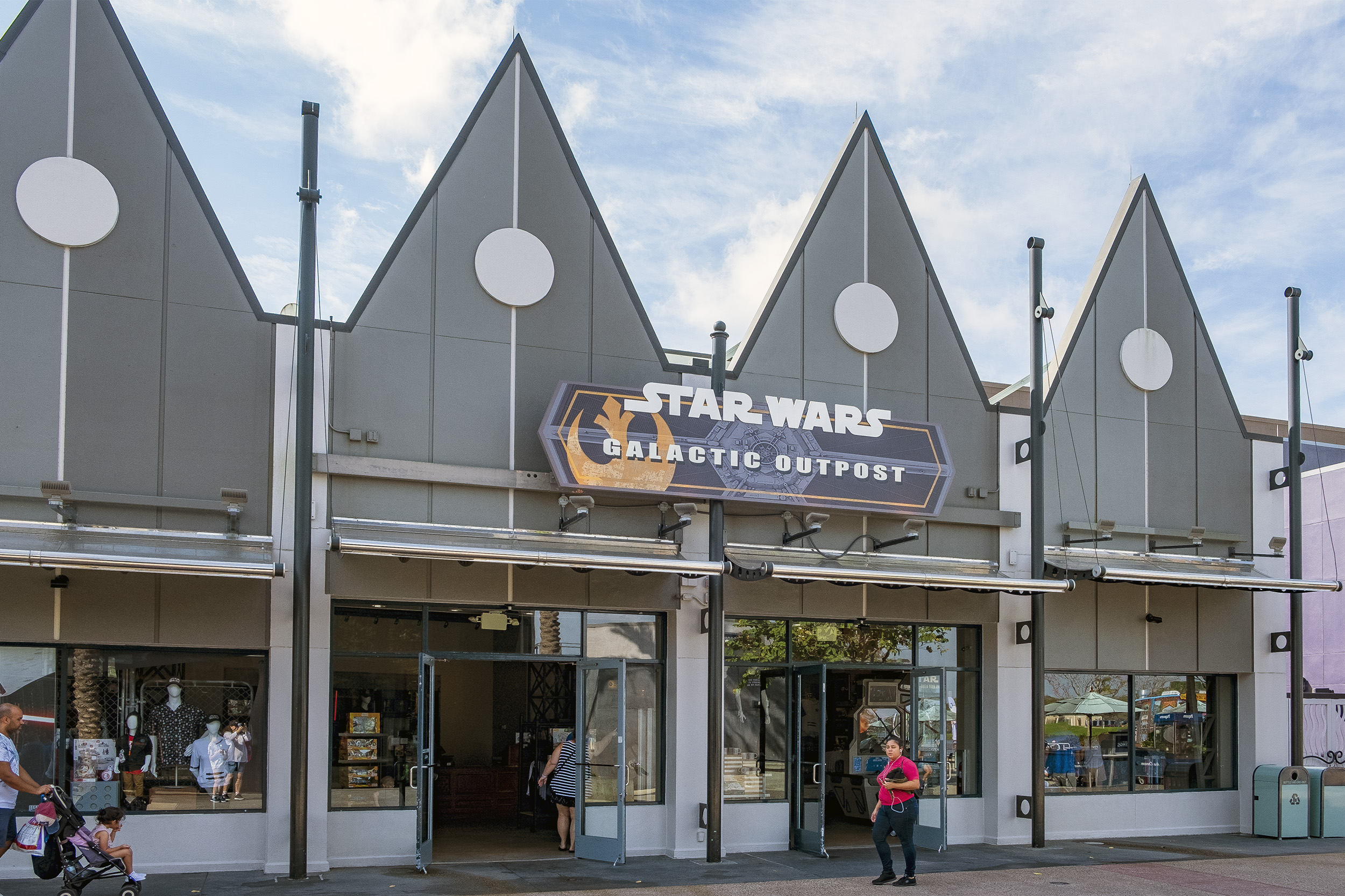 Disney Springs Star Wars Galactic Outpost