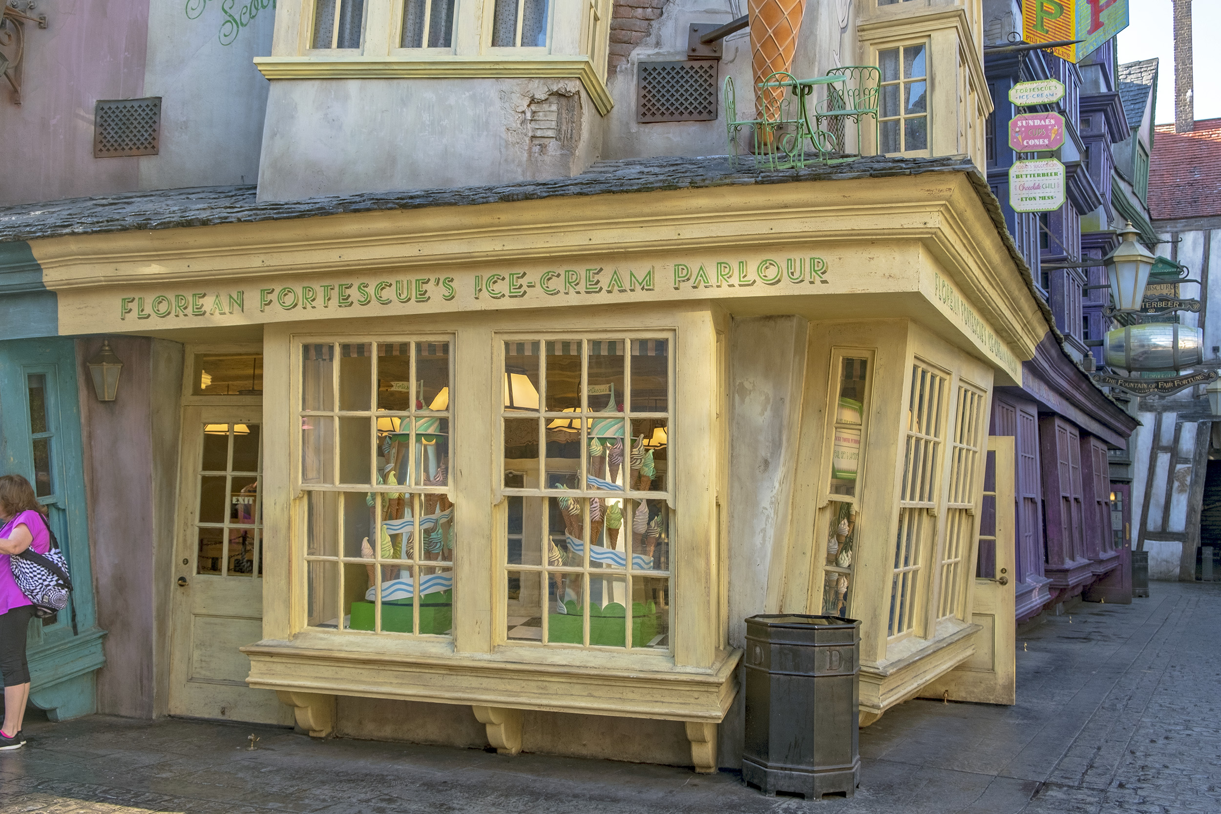 Florean Fortescues Ice-Cream Parlour i Diagon Alley. The Wizarding World of Harry Potter.