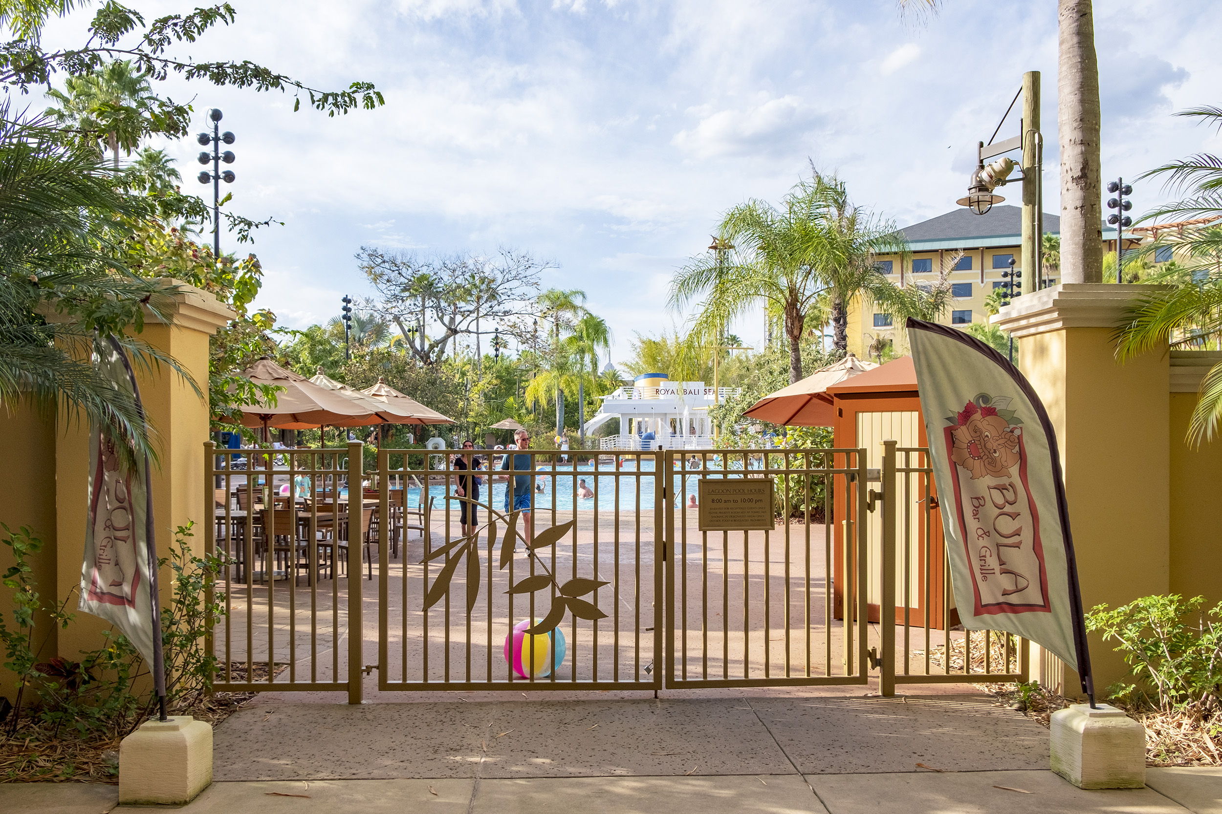 Loews Royal Pacific Resort Universal Orlando Pool