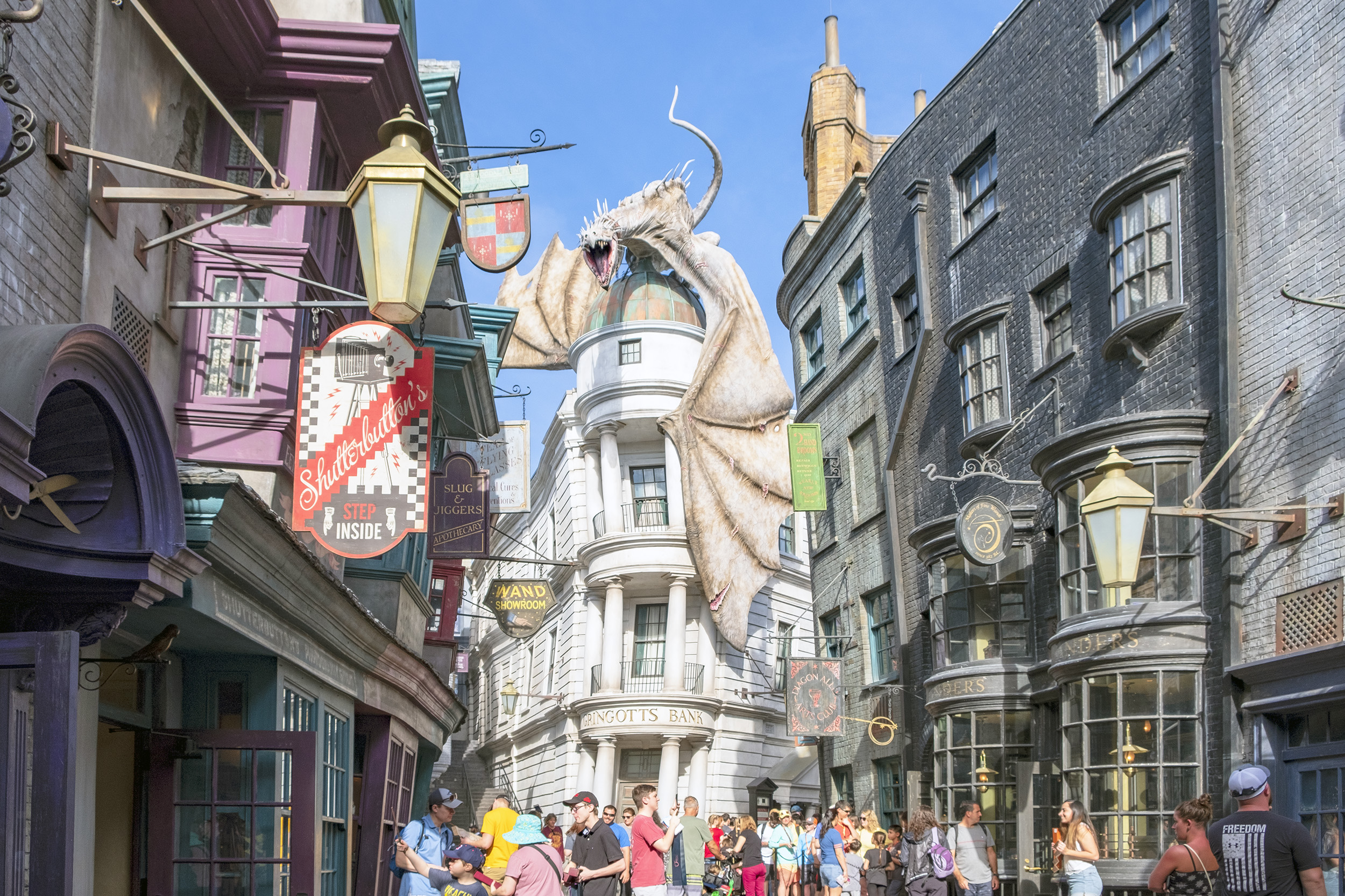 Diagon Alley Gringotts The Wizarding World of Harry Potter Orlando