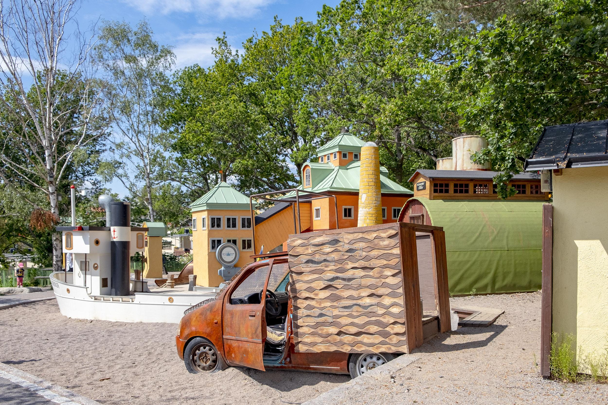 Lilla kvarnholmen lekpark lastbil