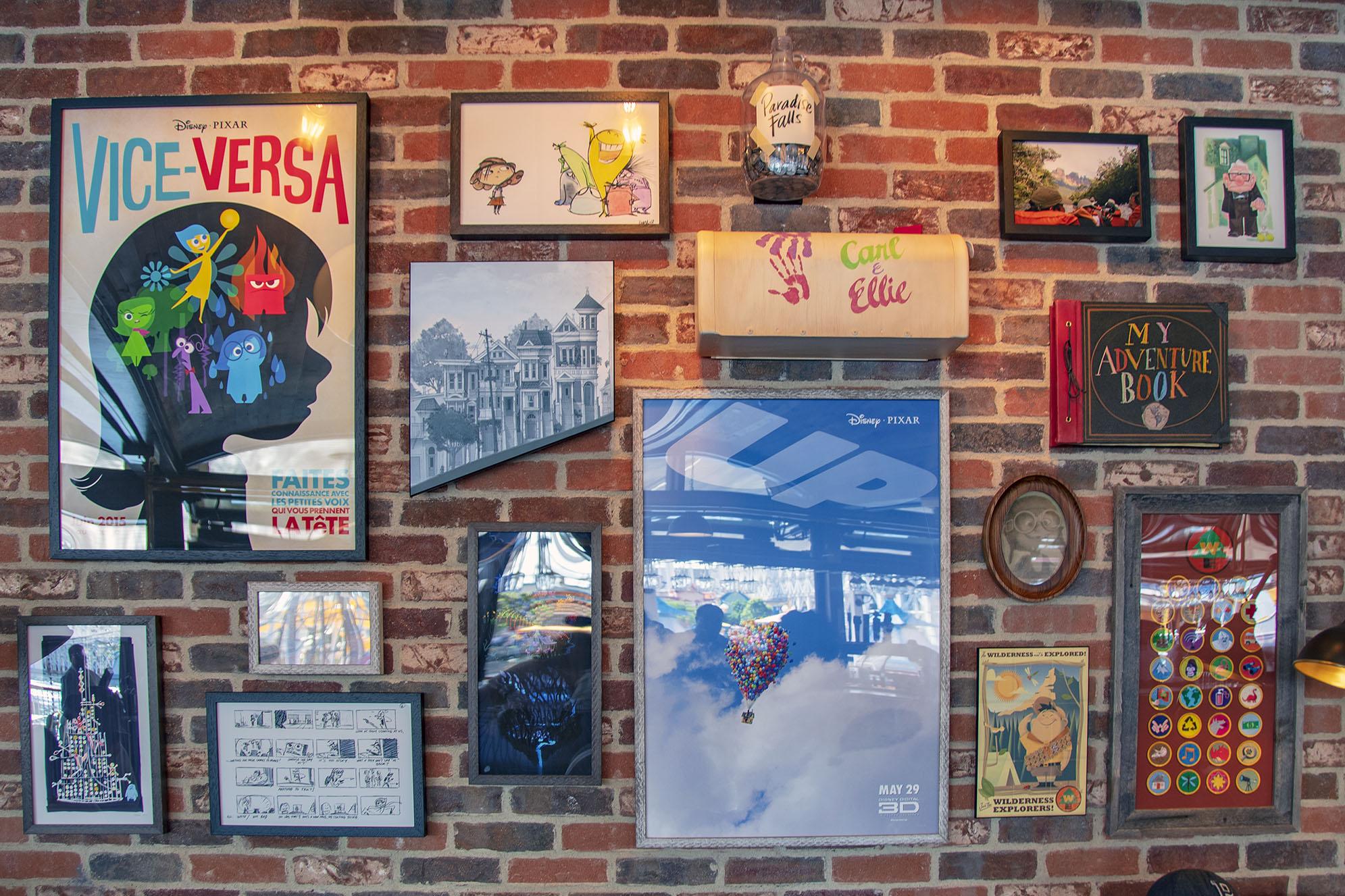Lamplight Lounge Pixar Pier tavor