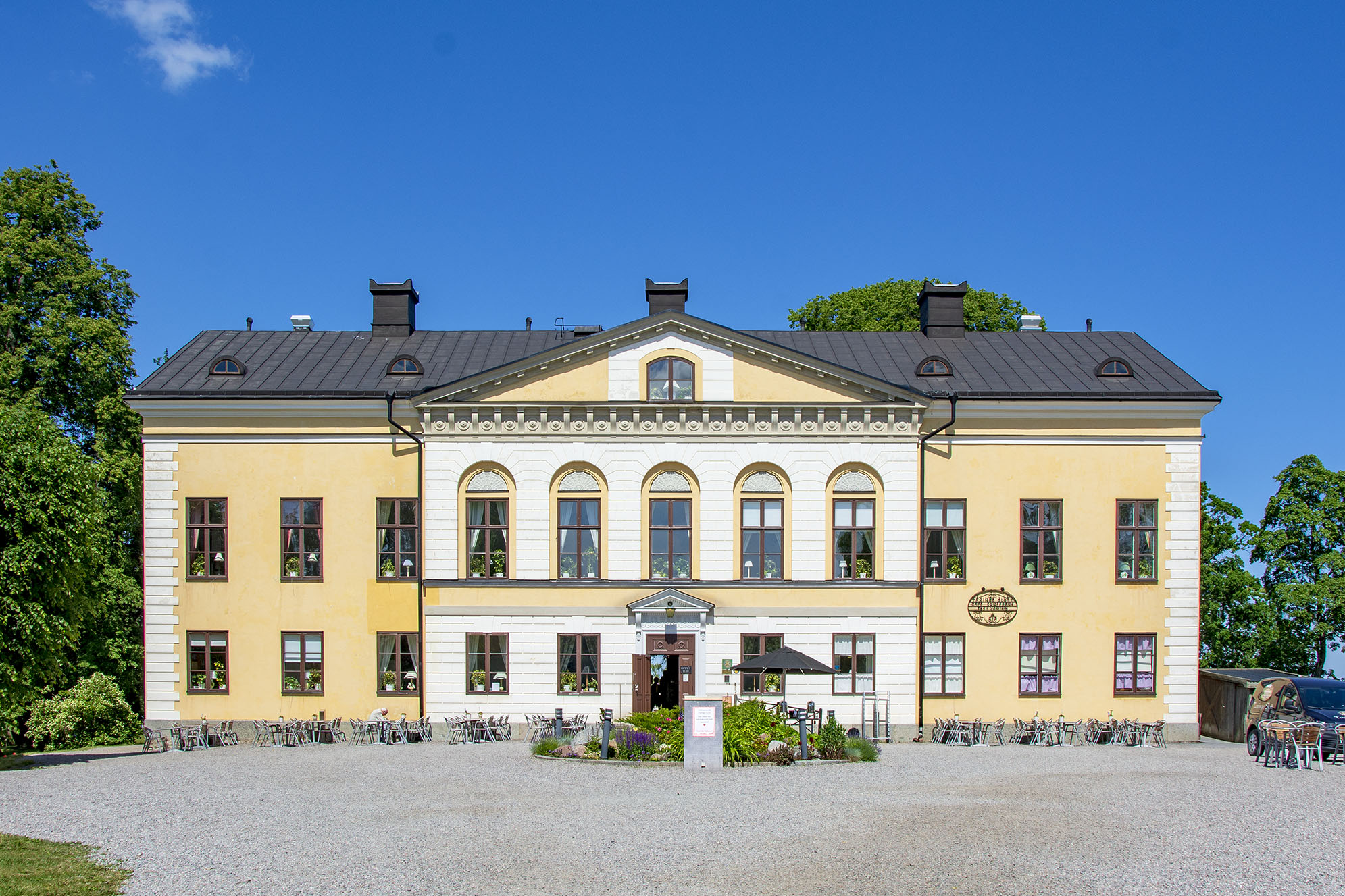 Taxinge slott kakslottet Två timmar med bil från Stockholm