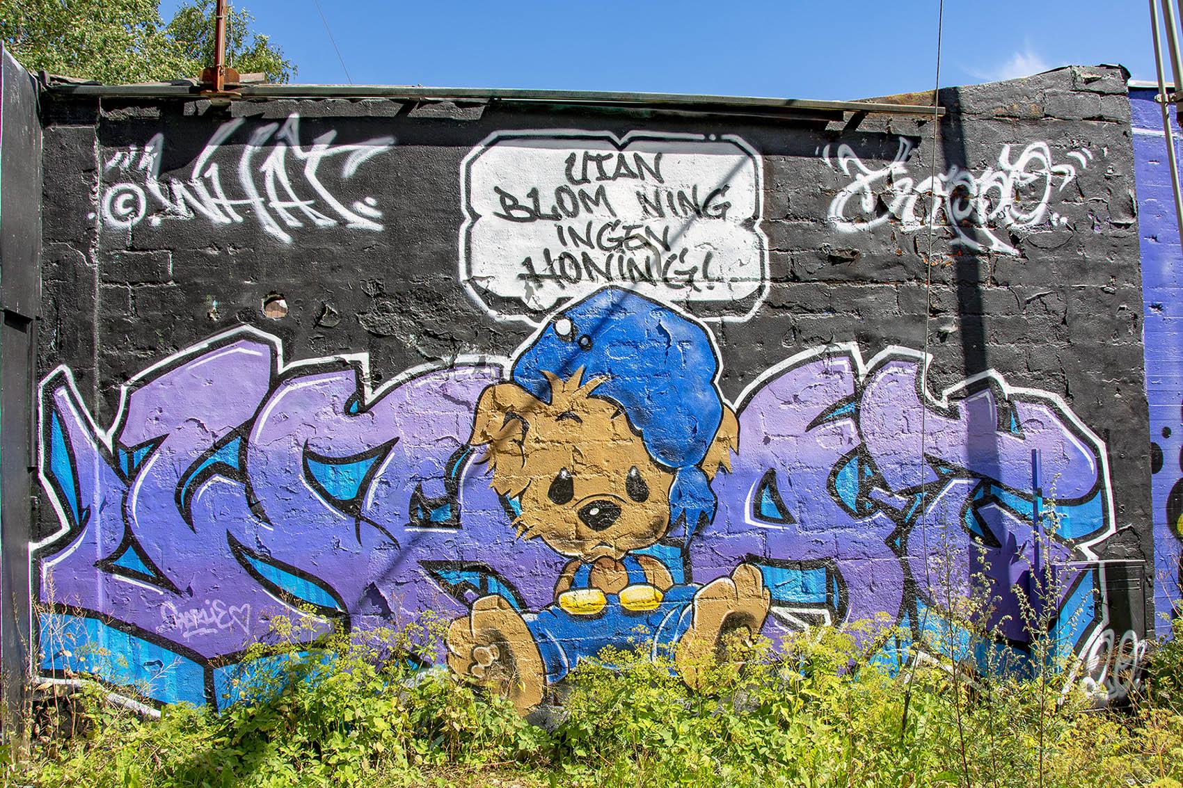 Snösätra gatukonst graffiti Street art Bamse
