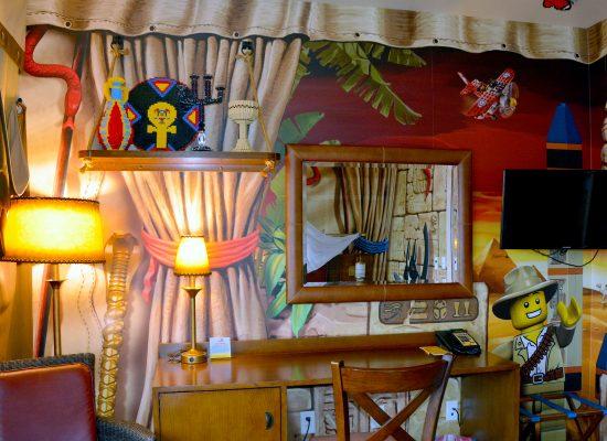 legoland hotell carlsbad room desk