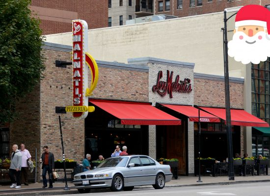 Lou Malnatis Pizzeria Chicago